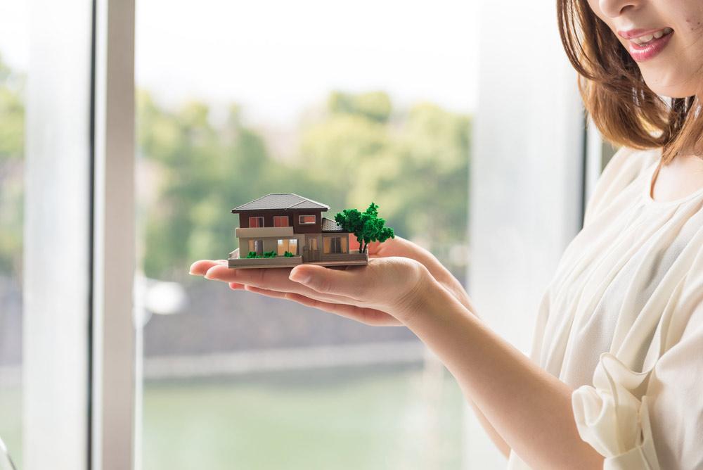 1月から平成29年12月末までのご契約者様にご自宅の模型(100分の1サイズ)をプレゼント